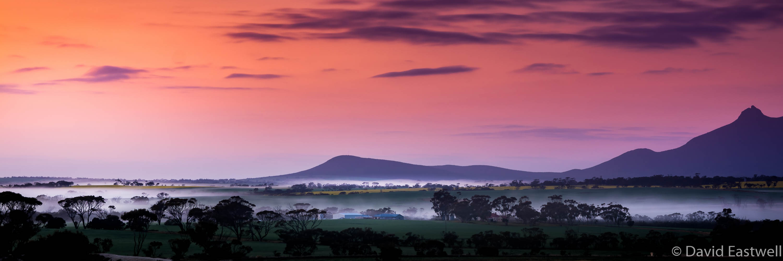 Misty_Sunrise_Sterling_Ranges