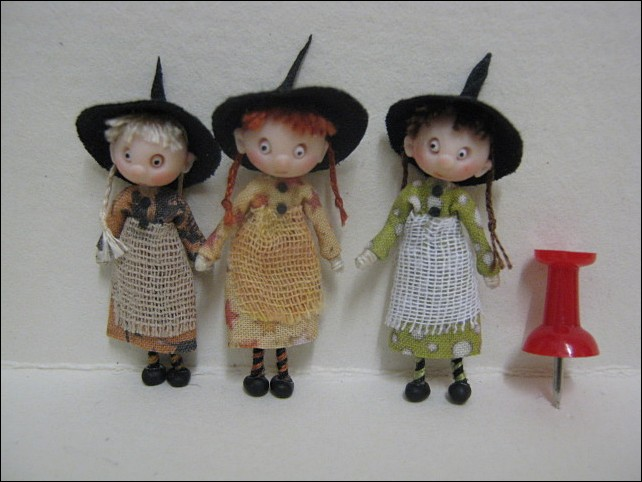 3 x 48th Scale Witches