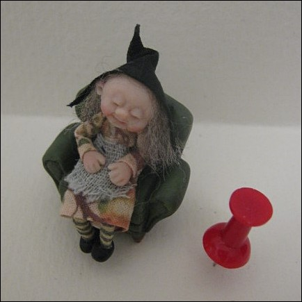 48th Scale Sleeping Witch