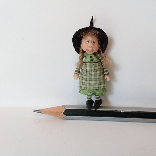 48th Scale Witch in Green
