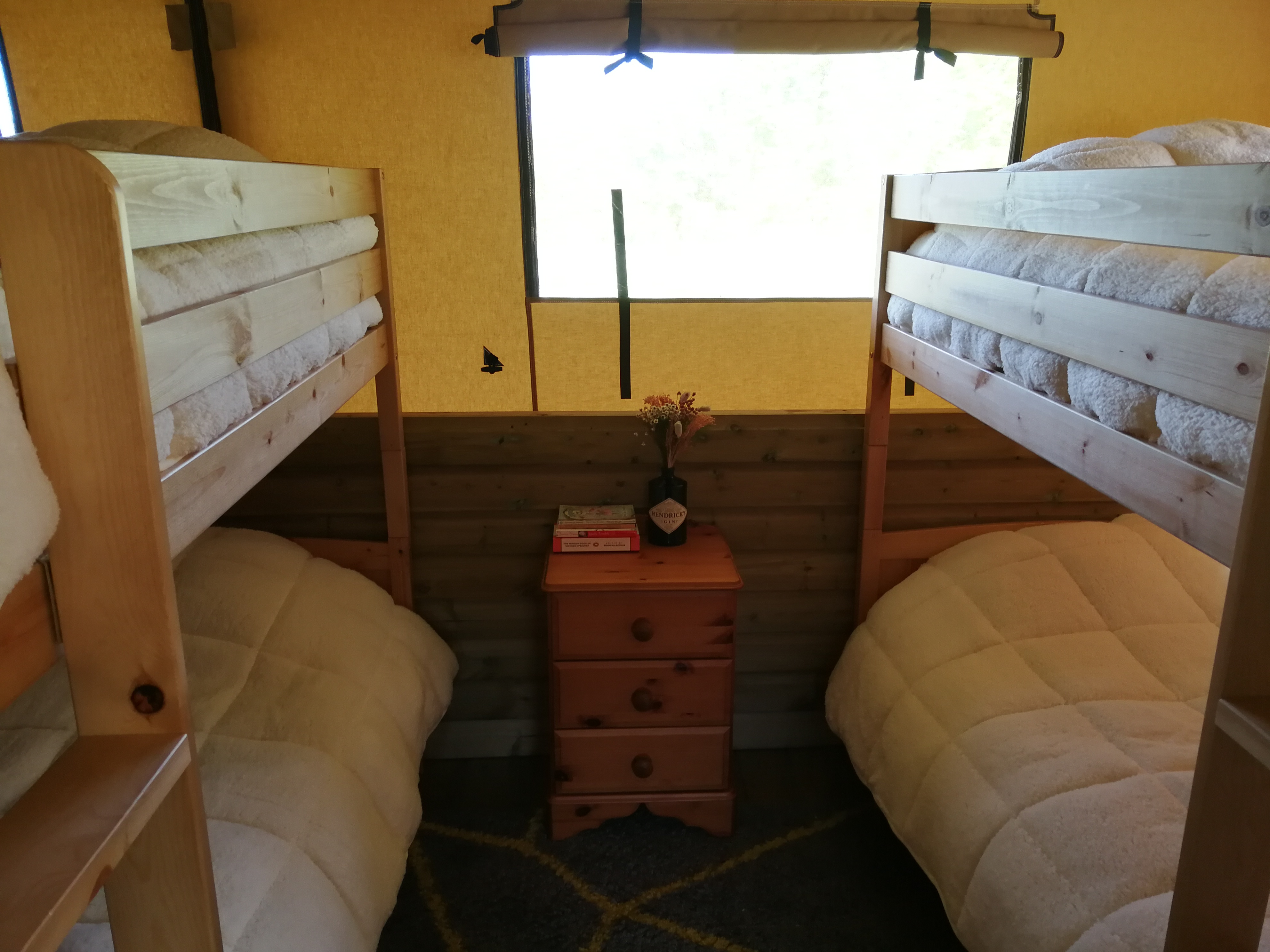 Beech double bunk room