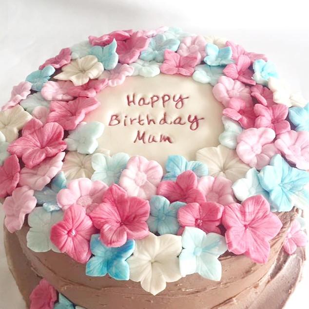 Sugar Blossoms Cake