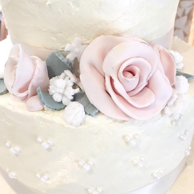 Sugar Flowers & Detailing