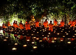800px-Visakha_Bucha_Thailand,_Buddhist_c