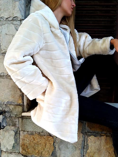 Γούνινο παλτό με κουκούλα