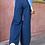 Thumbnail: Φαρδύ παντελόνι με σκισίματα