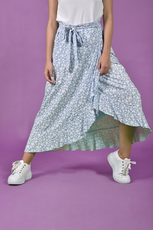 Μακριά φούστα με βολάν λεπτομέρεια