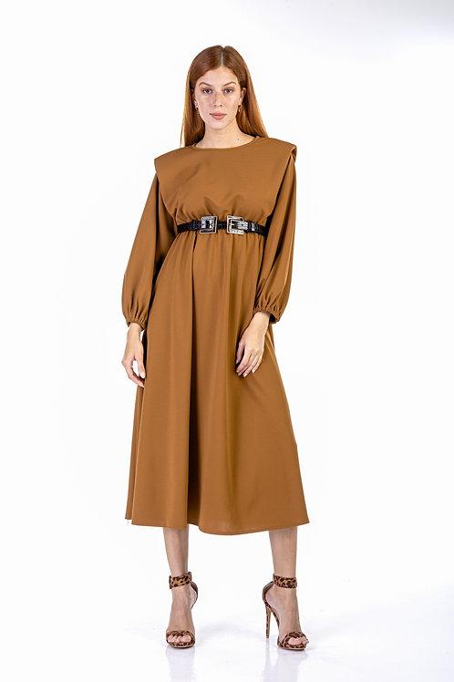 Μονόχρωμο μακρύ φόρεμα με βάτες
