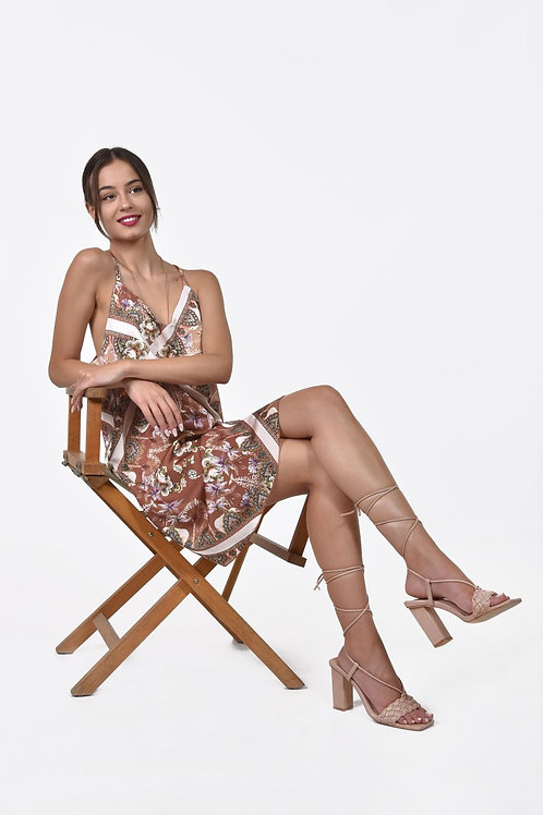 Εμπριμέ φόρεμα τύπου Lingerie