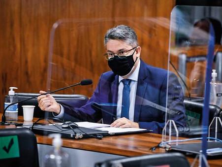 Alessandro Vieira continua no Cidadania