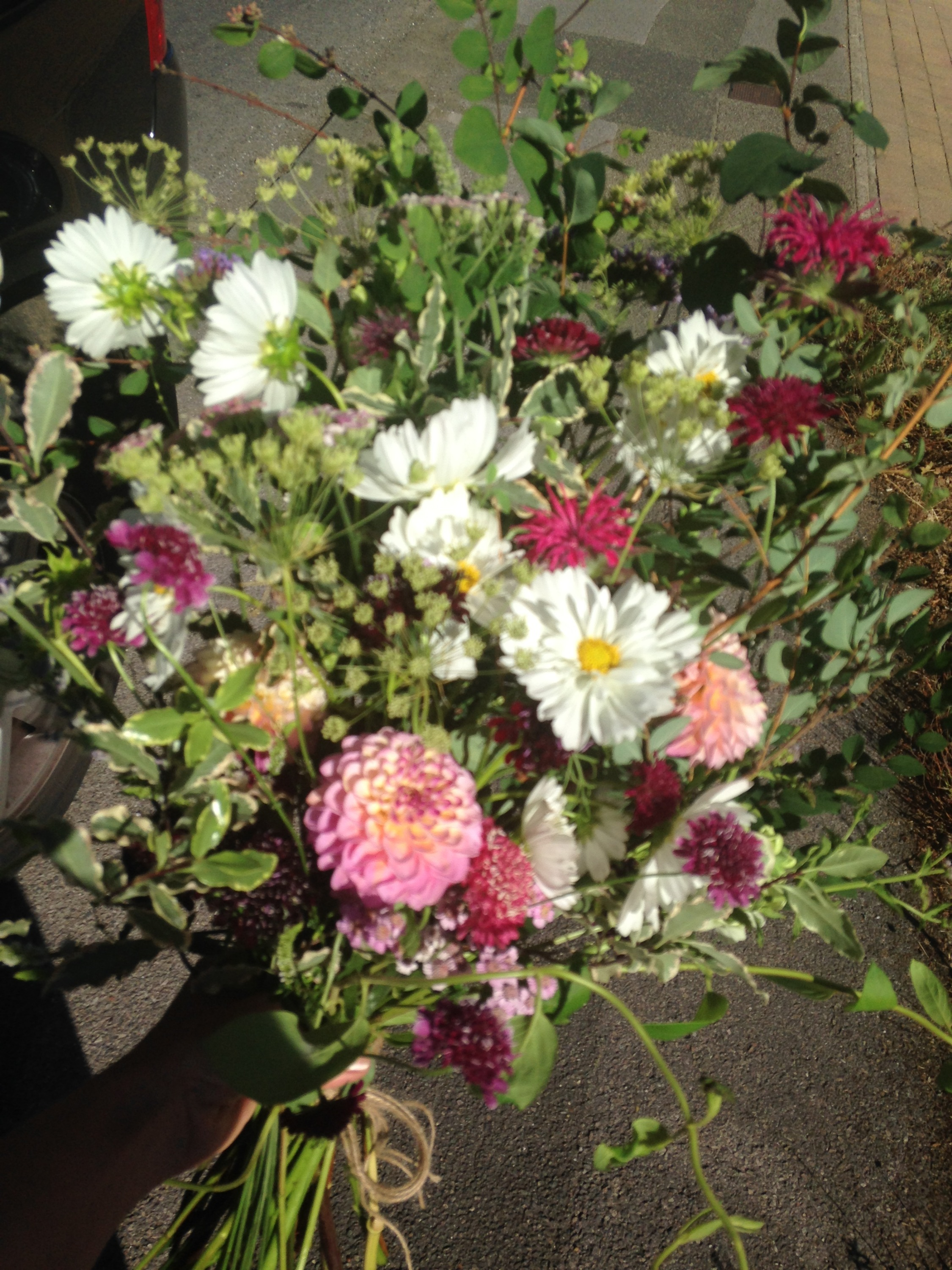 Natural funeral flowers in Herts