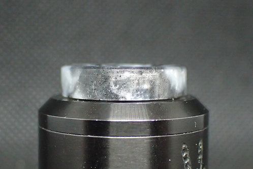 810 Black/White Driptip