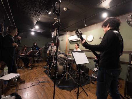 現メンバーの楽器兼務を駆使すると、実はバンド体制が揃っていた件