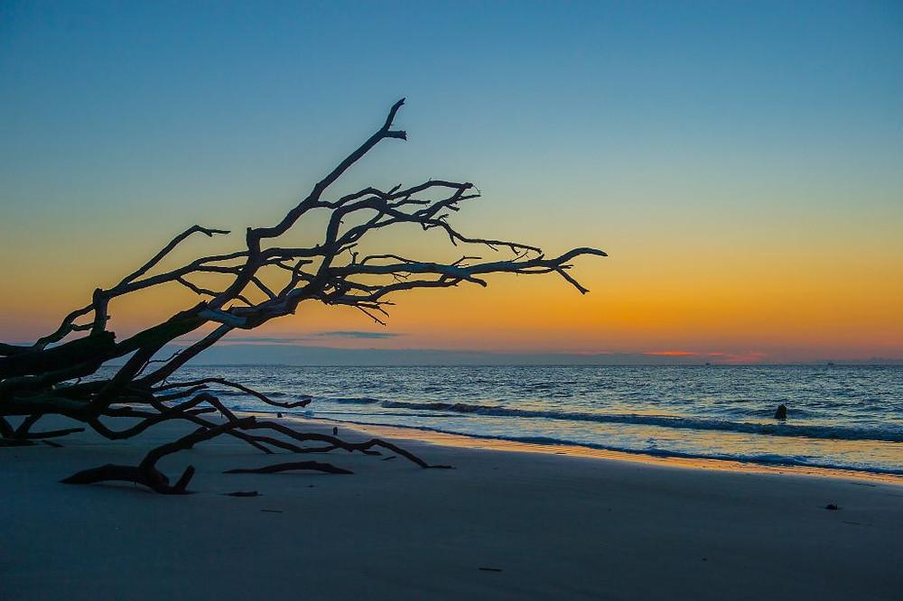 sunrise beach elopement at Hunting Island