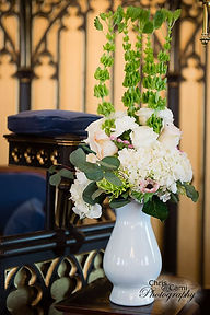 arrangement by penny of southern charm elopements