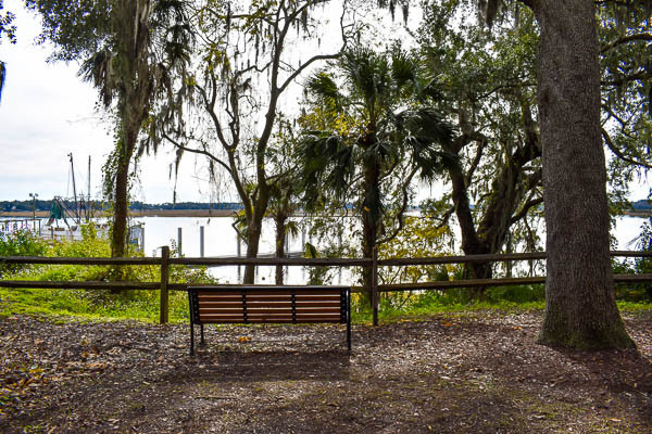 gorgeous location in bluffton for wedding ceremony