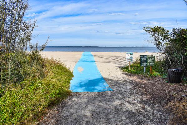 Beach access at fish haul beach park