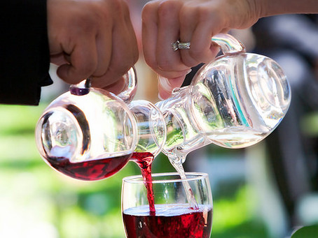 Have a Little Wine During Your Wedding Ceremony!!