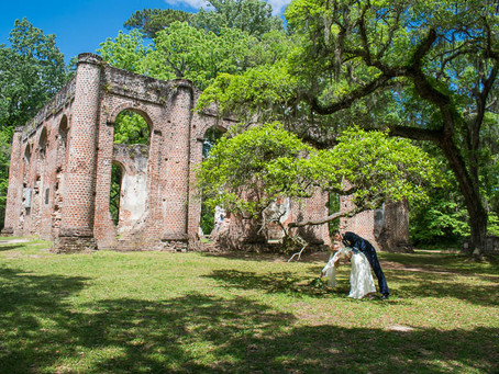 Easter Day Elopement at Old Sheldon Church Ruins