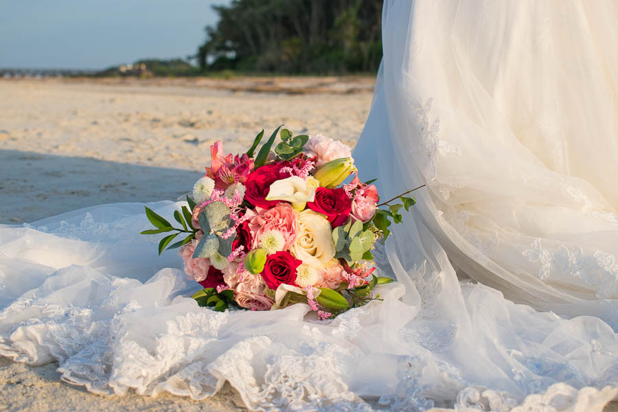 Tropical pink and white bouquet