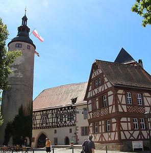 Tauerbischofsheim, Kreisstadt des Main-Tauber-Kreises