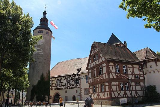 Schloss Tauberbischofsheim, Türmersturm, Schlossplatz