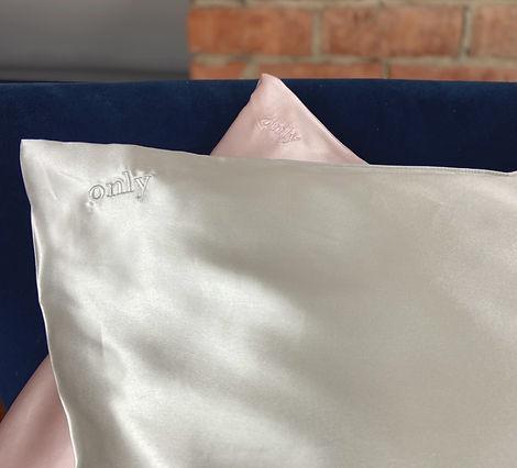 Display Pillows - Contact