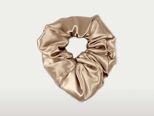 only | a silk scrunchie - champagne (biggie)