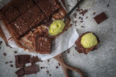 Foto ebook - Brownie e sorvete no detalh