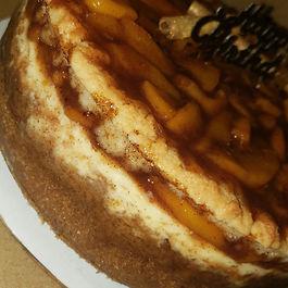 peach cobbler cheesecake.jpg