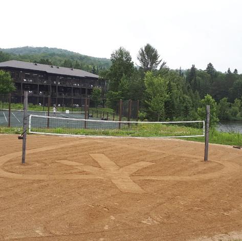 Terrain de volleyball