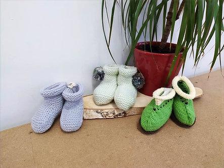 Chaussons en tricot pour bébés