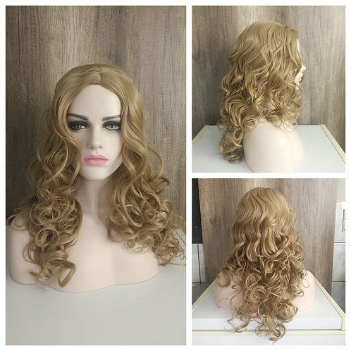65 cm pale caramel blonde middle part wig