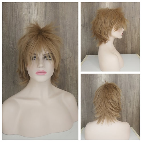 35 cm layered flaxen blonde wig