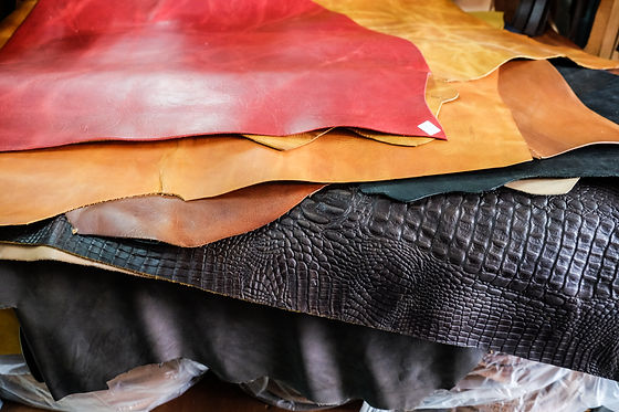 Genuine raw vegetable tanned leather in