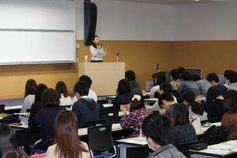 山本リエ就活面接講師3.JPG