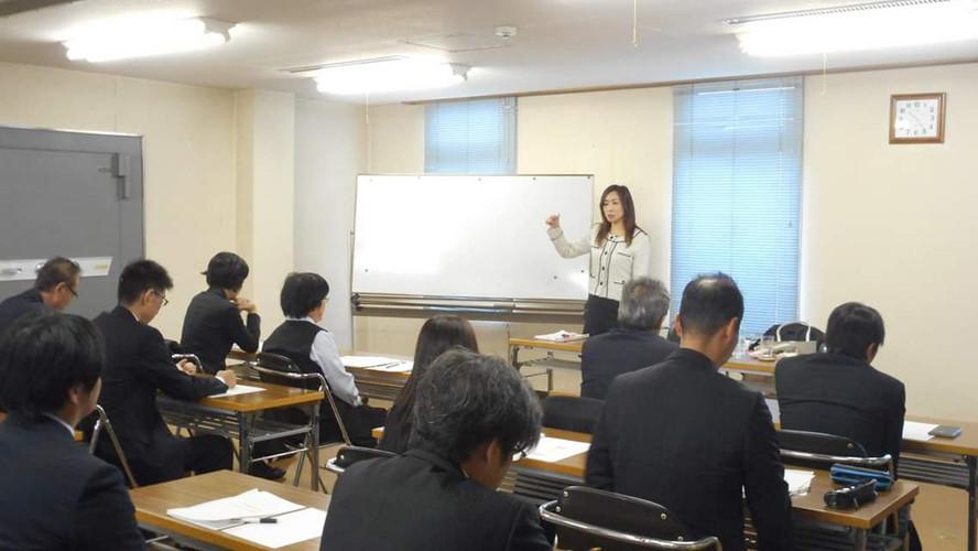 山本 リエ研修風景写真2.jpg