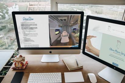 326508 2 Apple cinema displays.jpg