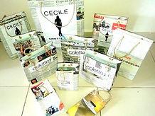 Ejemplos de bolsas de periódicos hechos con diarios no leídos