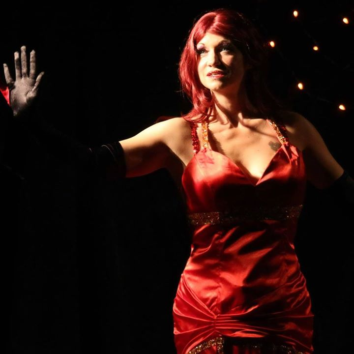 I could count on one finger the chances to see The Glass House, a Sideshow, Variety and Burlesque Tr