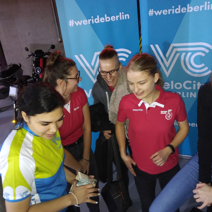 Teamtreffen SIXDAYS Berlin