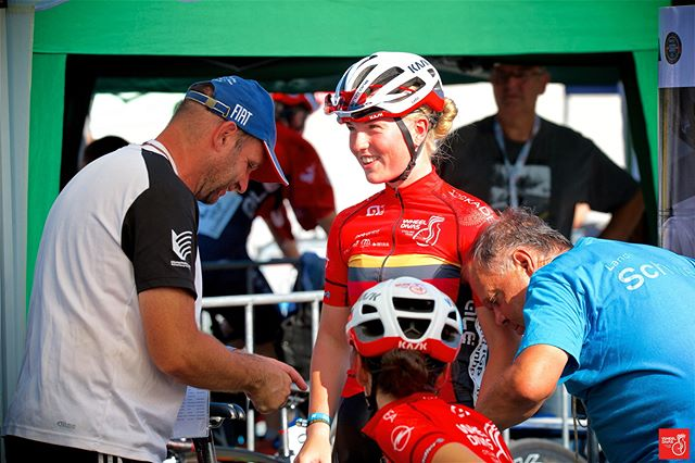 132. German Track Cycling Championships__Wonderful support from Andre Quaisser and his unknown partner - both SCC Schwerin - to our Lotta