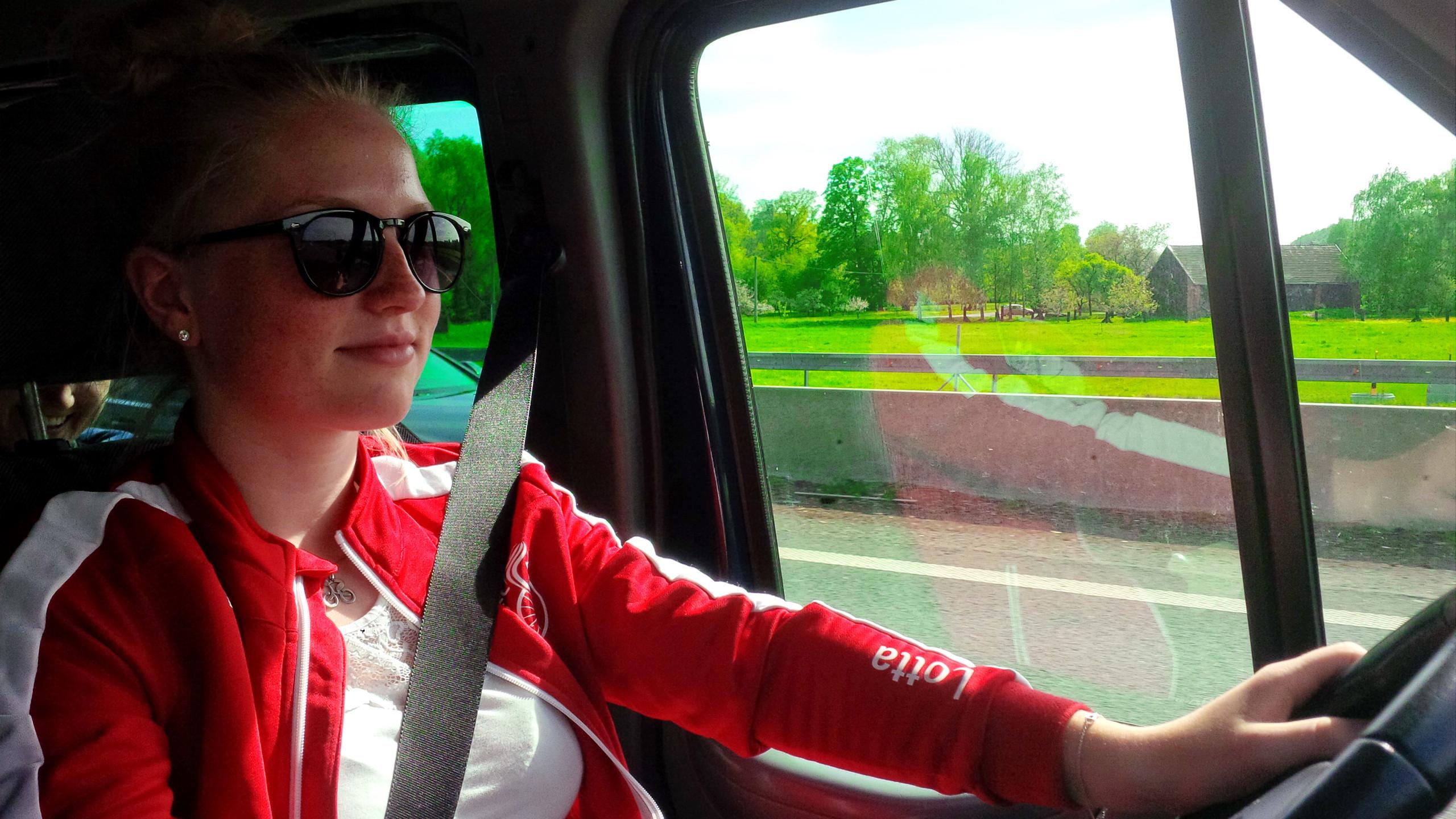 Frauen fahren für Frauen