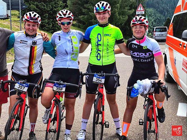 2. stages 🇮🇹 _girodelledolomiti._,_Proud to todays power climp to two peaks 🏁 #passolavaze as a team _wheeldivas 👏 ._