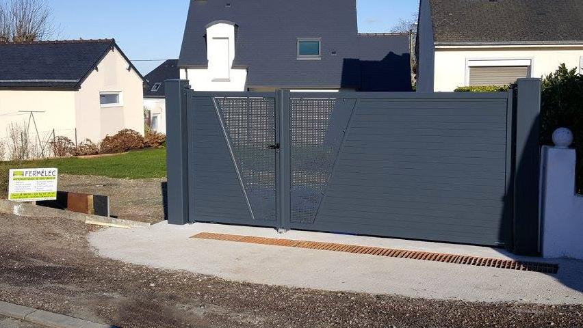 portail tôle aluminium perforée