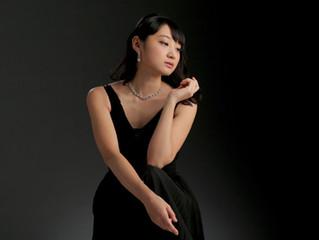 ピアニストの岩井理沙さんが埼玉ピアノショールームに来店されました。