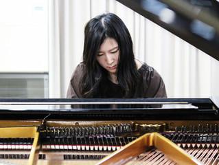 ピアニストの原田麻由さんが埼玉ピアノショールームに来店されました。