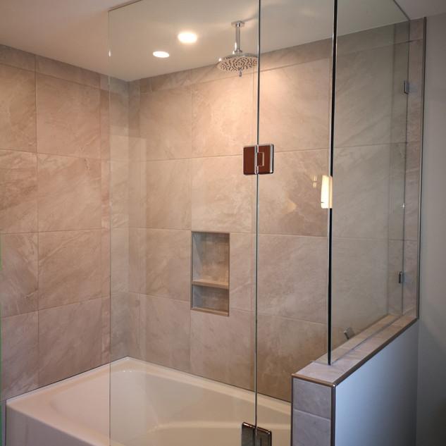 Comox Shower.jpg
