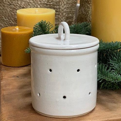 Cleiog Ceramics Garlic Storage jar + lid