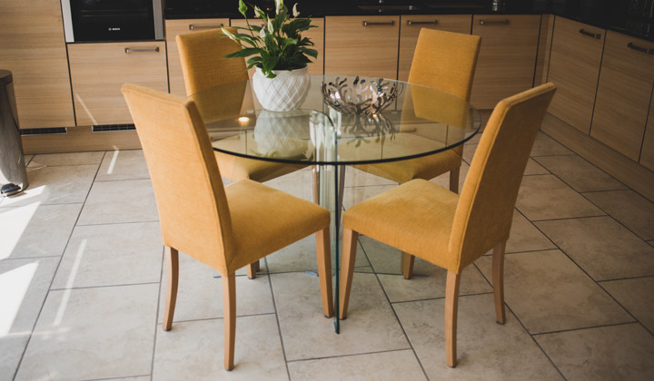 Kitchen Dining Set Recover